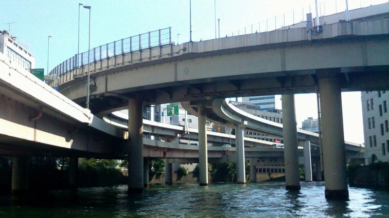江戸橋ジャンクションと日本橋川